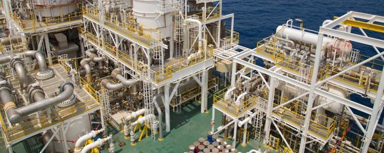 Ropa naftowa i gaz