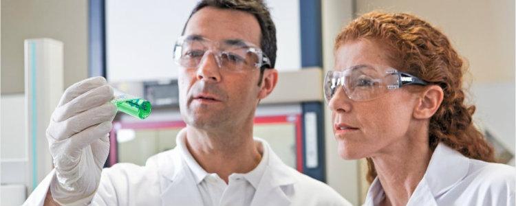Weź udział w PRAKTYCZNYCH warsztatach z klasyfikacji i oznakowania produktów chemicznych zgodnie z CLP